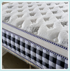 2017 Medium Bonnell Spring Mattress with Beautiful Pattern pictures & photos