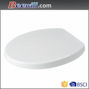 White Oval Urea Toilet Seat with Soft Close Function pictures & photos
