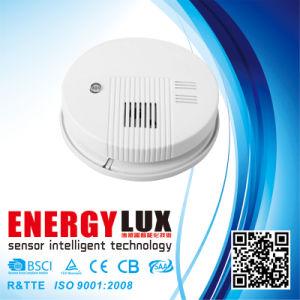 Es-S01 9V DC Battery Smoke Alarm pictures & photos
