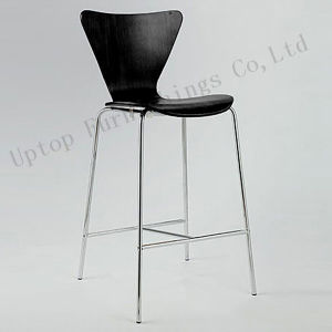 Black Bentwood Arne Jacobsen Series 7 Bar Chair (SP-UC226) pictures & photos