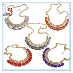 Fashion Women Jewelry Female Hot Sale Lady Acrylic Gem Necklace pictures & photos