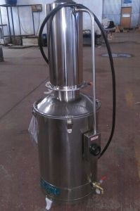 Lab Stainless Steel Electrothermal Water Distiller pictures & photos