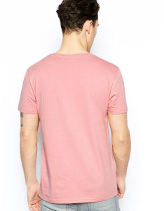 Design Short Sleeve Light Pink V Neck T Shirts for Guys pictures & photos