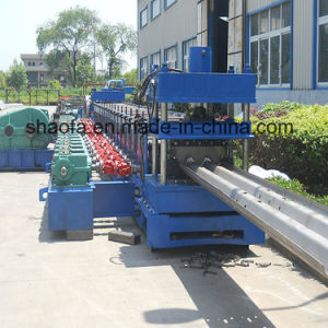 Two Waves 3mm Material Thickness Highway Guardrail Roll Forming Machine pictures & photos