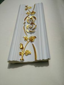 Popular Large Width PU Foam Cornice/Polyurethane Crown Moulding in South-Africa pictures & photos