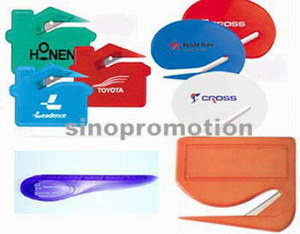 Promotional Plastic Letter Opener Lp008 pictures & photos