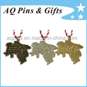 Die Cast Medal in Differnt Plating Colors with Ribbon pictures & photos