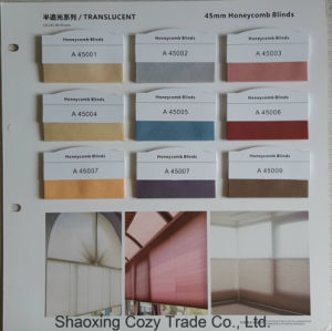 Translucent, Blackout 50%-100%Sunproof Honeycomb Blinds Roller Blinds Fabric for Living Room, Office pictures & photos