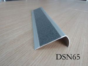 Caborundum Insert Aluminum Stair Nose (DSN65)