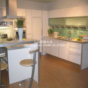 Chinese Style High Glossy Kitchen Cabinet pictures & photos