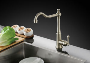 New Design Bronze 360 Swivel Kitchen Faucet Sink Tap pictures & photos