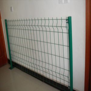 High Quality PVC Coated Welded Wire Mesh Fence pictures & photos