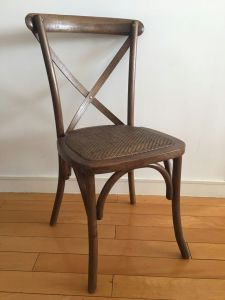 Oak Wood Dark Brown X Cross Back Chairs for Weddings pictures & photos