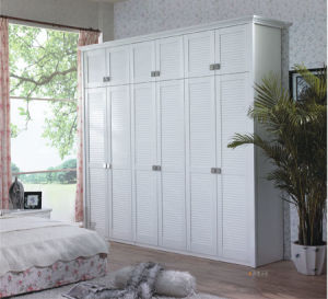 Bedroom Furniture High Quality Modern Wooden Wardrobe/White Door Wardrobes pictures & photos