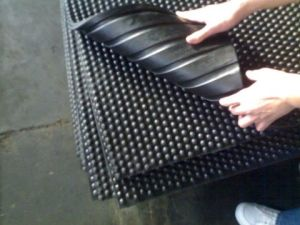 Diamond Rubber Sheet, Rubber Mat, Flooring Rolls pictures & photos