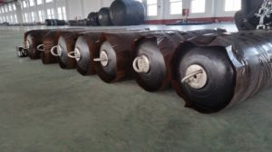 Pneumatic D1.5*L3.0 50 Type Rubber Fender pictures & photos