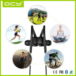 Magnet Metal in-Ear Earphone Sport Bluetooth Earphone pictures & photos