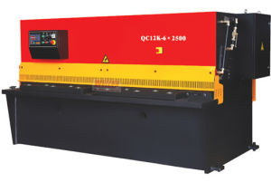 CNC Swing Beam Shearing Machine with CE Approved (swing beam shear machine QC12K Series) pictures & photos