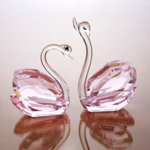 Beautiful Crystal Glass Swan Craft for Gift (ks033) pictures & photos