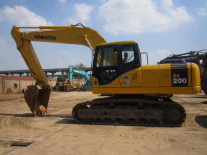 High Quality Excavators Used Komatsu PC200-7 pictures & photos
