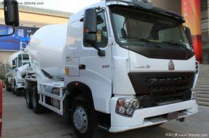HOWO A7 6X4 300HP Concrete Mixer Truck pictures & photos