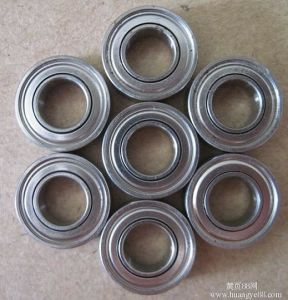 Sealed Miniature Flanged Bearing SKF626. Zz pictures & photos