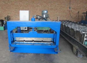 Roof Panel Steel Sheet Roll Forming Machine for Africa pictures & photos