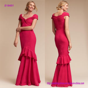 New Arrival Flattering Cap Sleeves and Pleated Sweetheart Bodice Sleek Evening Dress with Featuring a Front Twist Detail pictures & photos