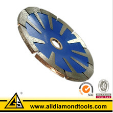 180mm Sintered Diamond Saw Blade with T Segment pictures & photos