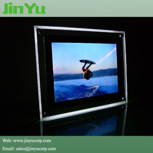 21 mm Magnetic Slim LED Crystal Light Box pictures & photos