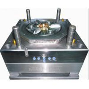 Plastic Injection Mould for Auto Grille pictures & photos