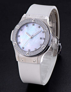 Luxury Diamond Sapphire Mirror ODM Waterproof Watch pictures & photos