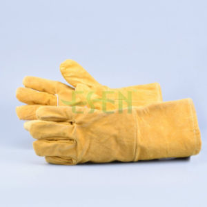 Insulating Long Sleeve Cotton Cowhide Leather Gloves From Guangzhou pictures & photos