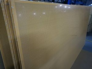 12mm Thick Perforated PE Coated Honeycomb Panels Orange Aluminium Honeycomb Panels for Ceilings pictures & photos