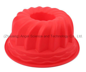 Hot Sale 9 Inch Party Silicone Bakeware Cake Mold Sc56 pictures & photos