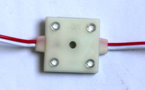 DC12V 4LEDs 30*30mm Square Injection LED Module pictures & photos