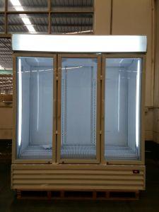 3 Door Upright Freezer for Supermarket / Big Freezer/Glass Door Freezer pictures & photos