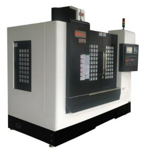 Small 3 Axis Metal Vertical CNC Milling Machine 850 pictures & photos