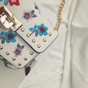 2017 New Designer embroidery Flowers Fashion Lady Crossbody Handbag pictures & photos