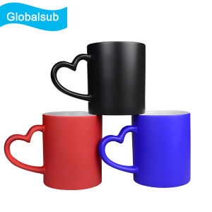 Printable Coating Magic Porcelain Mug with Heart Handle pictures & photos