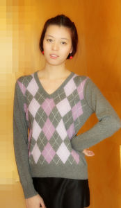 Ladies V Neck Cashmere Pullover pictures & photos