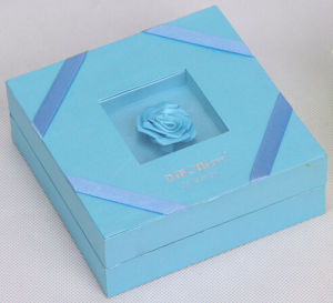 Attractive Commodities Packaging Box with Ornament Flower pictures & photos
