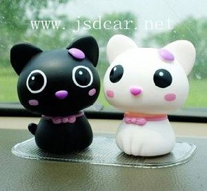 Cute Automotive Interior Supplies Kitty (JSD-P0054) pictures & photos