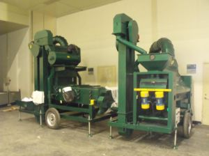 Maize Corn Wheat Seed Cleaning Machine with Huller pictures & photos