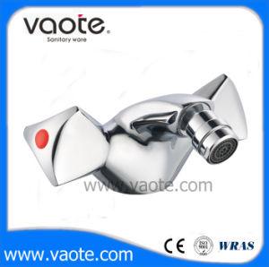 Double Handle Bidet Mixer Faucet (VT60104) pictures & photos