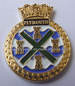 Customize Gold Plating Lapel Pin (MJ-PIN-143) pictures & photos