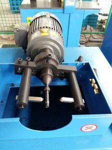 External & Internal Hydraulic Hose Skiving Machine Km-65D pictures & photos