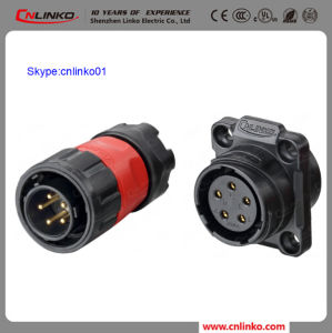 Alibaba Cnlinko 5pin Electrical Wire Circular Connector Plastic Plug and Panel Mount Socket for LED and Solar Panel pictures & photos