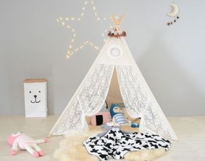 Lace Door Wooden Pole Teepee Kids Playing Tent (MW6032) pictures & photos