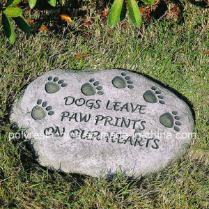 Resin Garden Stepping Stone with Dog Paw pictures & photos